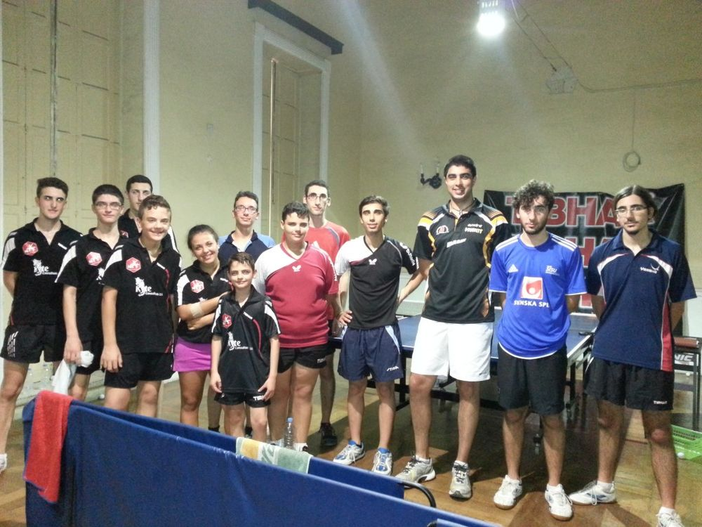 Selection of HiTT Elite and 2 Star players together with Australian coach Edwin Cotter