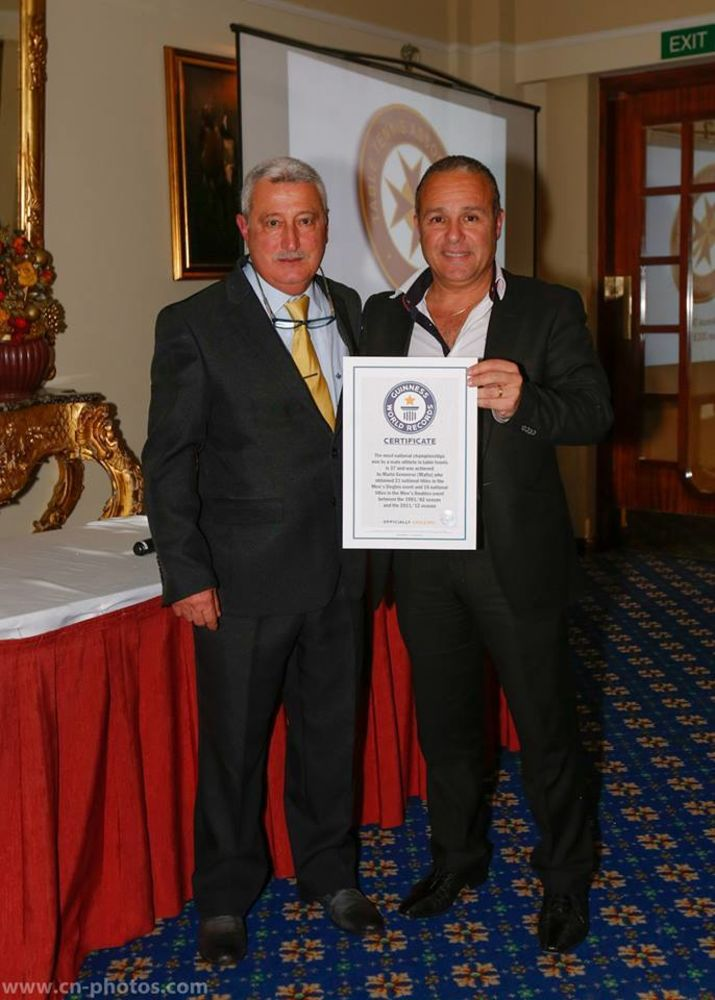 Mario Genovese presented with his Guinness World Title by MTTA President Alex Anastasti
